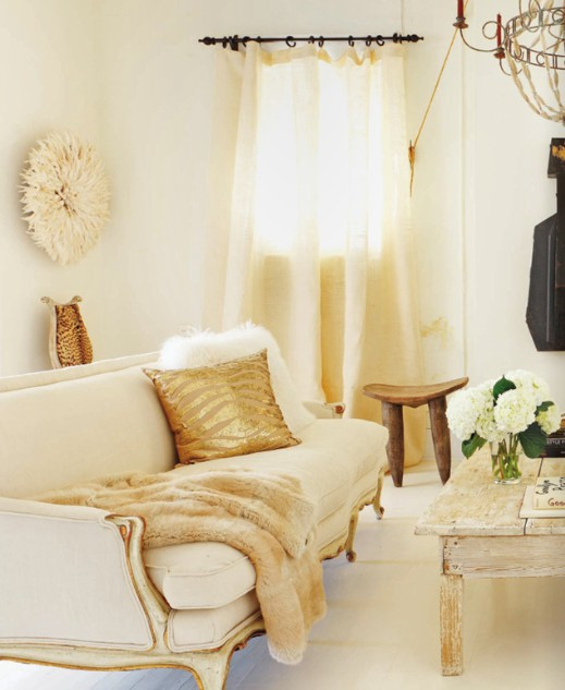Cream and gold decor horseshoes ponytails Gold accessories for living room